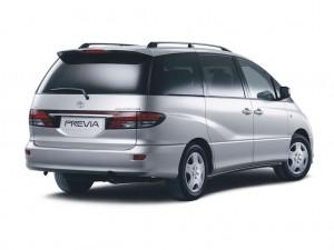 Toyota_Previa